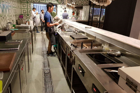 Commercial induction kitchen equipment_副本.jpg